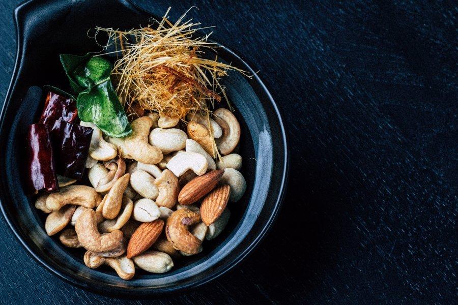 Орехи - полезные жиры при похудении