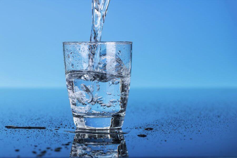 Зачем и сколько воды нужно организму.