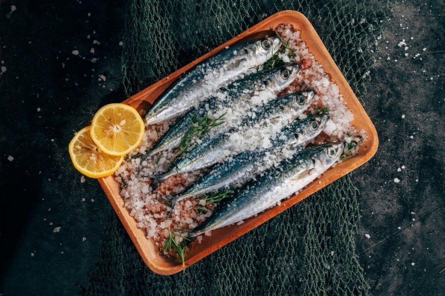 Соленая рыба способна задерживать жидкость в организме