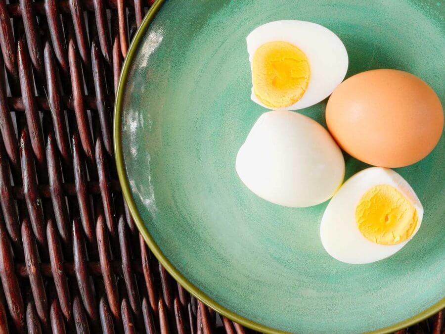 Яйца являются одним из основных компонентов диеты Магги