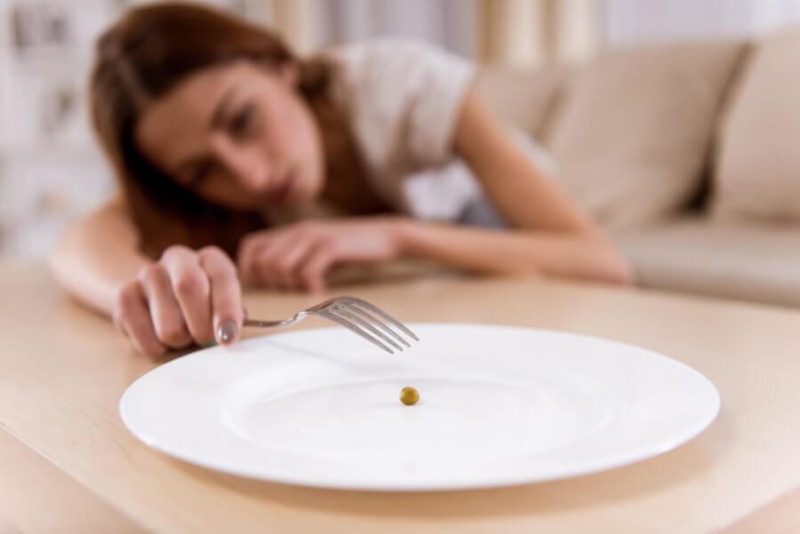 Для удержания веса после похудения откажитесь от голодовок
